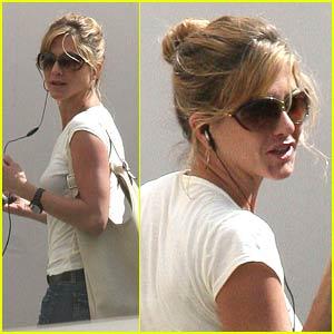 Jennifer Aniston is a Fur Boutique Babe