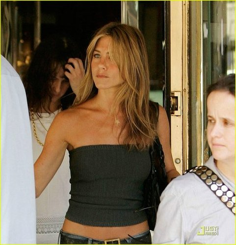 Jennifer Aniston is a Rare Jewel