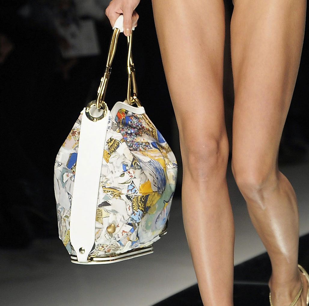 Julie Verhoeven Takes on the Medusa for Versace Spring 2009