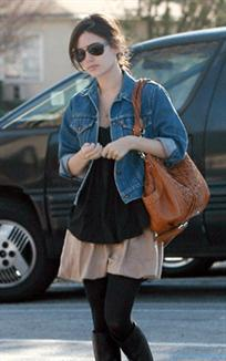 Do you prefer Rachel bilsons street style or red carpet style?
