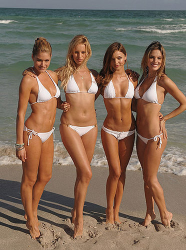 VS Angels Arrive By Yacht