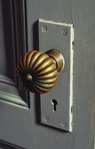 How-To: Replace a Doorknob
