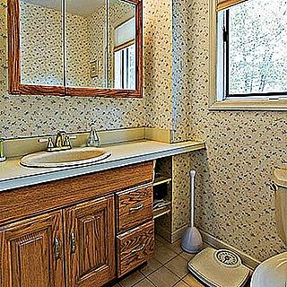 Before and After: An Eco-Oriented Bathroom Remodel