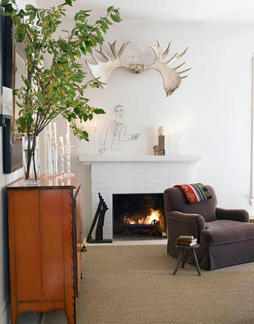 Moose antlers hung upside down bring a cheeky, not-so-lodgey hunter vibe.