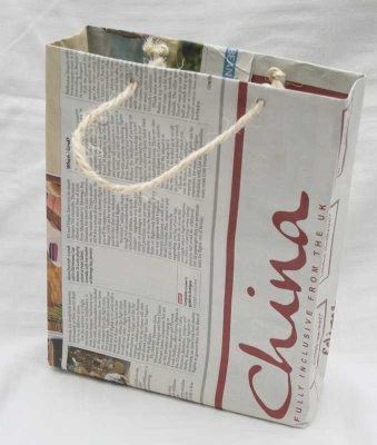 Make a Newspaper Gift Bag