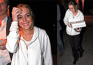 Photos of Lindsay Lohan Buying Pizza in LA