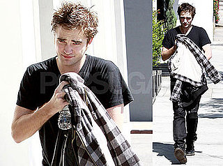 Photos of Robert Pattinson Out in LA 2009-03-04 07:00:00