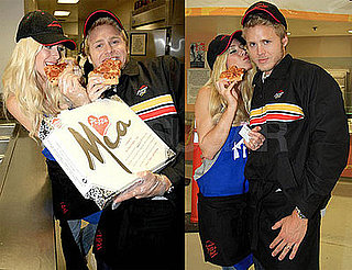Photos of Heidi Montag and Spencer Pratt Feeding Pizza Hut Pizza to the Homeless