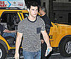 Photo Slide of Taylor Lautner Heading to His NYC Hotel