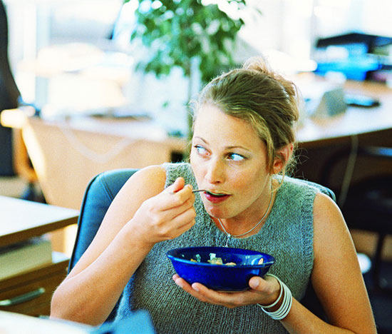 5 Ways to Save 100 Calories at Lunch