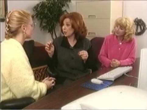 '80s Era Moms on the Net Video Is Outdated and Ridiculous