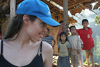 Angelina Visits Refugee Camps in Thailand, Issues Plea