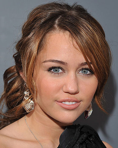 Miley Cyrus at 2009 Grammys