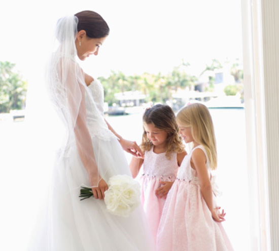 10 Wedding Themed Toys to Gift the Flower Girl