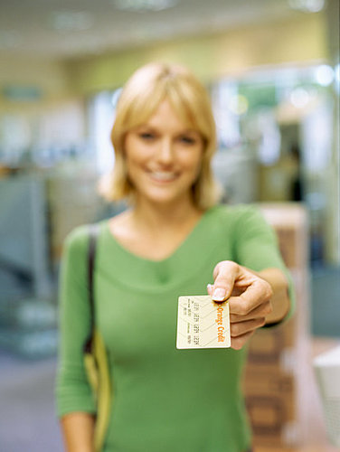 Money Tip: Use Your Credit Card Rewards or Lose 'Em