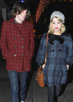 Roundup Of The Latest Entertainment News Stories — Max Drummey and Peaches Geldof's Marriage Was a Publicity Stunt