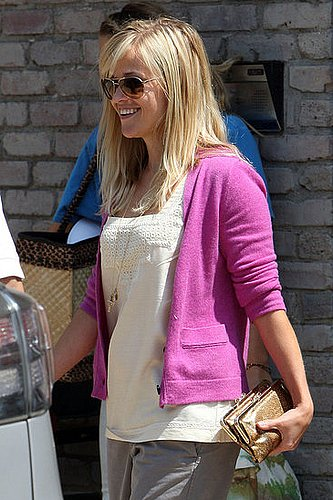 Sunglasses for Heart Shaped Face in Style of Reese Witherspoon