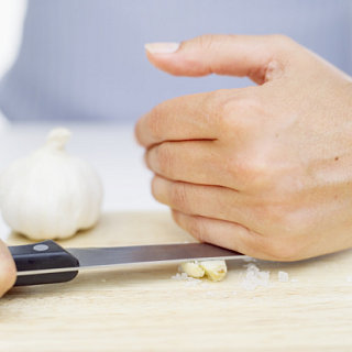 The How-To Lounge: Combatting the Smell of Garlic