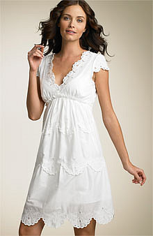 Fab Finds of the Week: Ladies in White