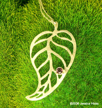 14k_leaf_necklace_garnet