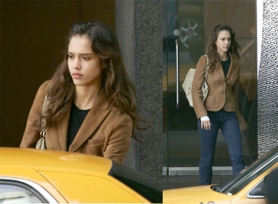 Jessica Alba: Dreary On Set