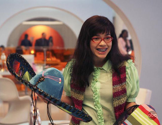 """Ugly Betty"" Recap: Episode 23, ""East Side Story"""
