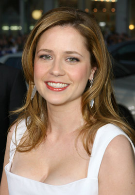 Sugar Bits - Jenna Fischer Injured in Fall