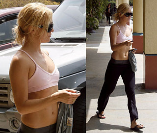 Kate Hudson Keeps Herself Ab-tastic