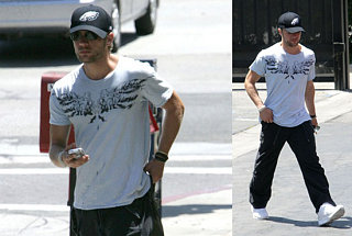 Ryan Phillippe Still Hiding His Hotness