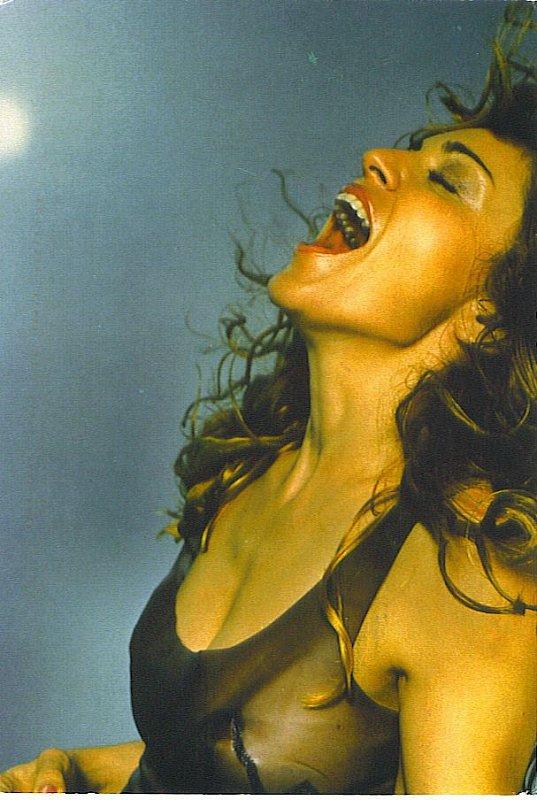 Rate this postcard: Madonna