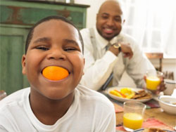 5 Ways to keep Your Kids Eating Healthfully