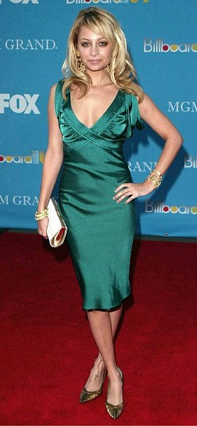 Nicole in emerald green