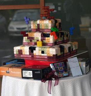 Edible Geek: Tetris Wedding Cake