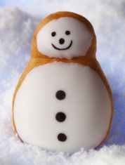 Krispy Kreme Returns with Their Limited Edition Snowman Doughnut
