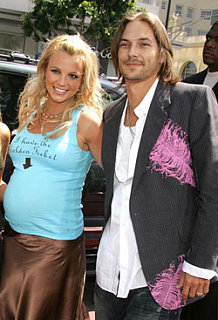Britney and Kevin Hammer Out Terms of Divorce