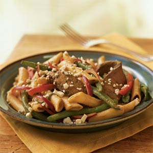 Fast & Easy Dinner: Sirloin Steak and Pasta Salad