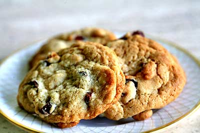 Yummy Link: Brandied Cranberry, White Chocolate Chip Cookies