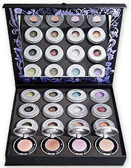 Bellissima! Urban Decay Eye Shadow Vault