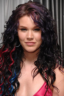 Love It or Hate It? Joss Stone's Color Streak