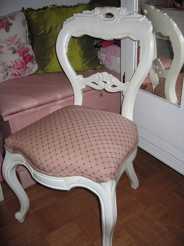 Vintage Chair Re-Mix
