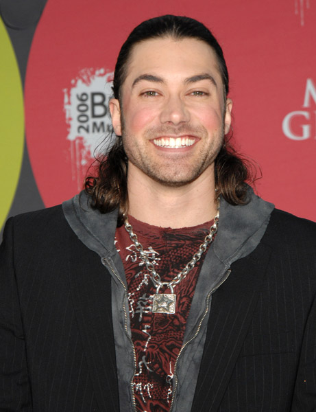 AceYoung_J Sci_11681173_600